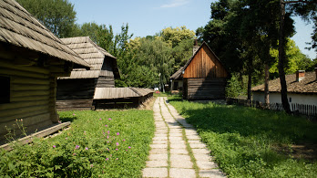 National-Village-Museum Bucharest airport (OTP)  >  Bucharest city (all areas)